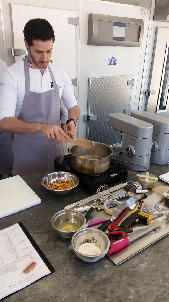 השף והמגש